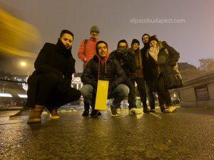 Turistas realizando este Free Tour en español en 2019 Diciembre 06 viernes a las 18:30 hrs en Budapest Hungría