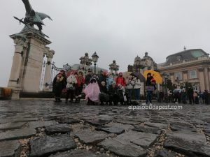 Turistas Free Tour Budapest invierno año 2019 Diciembre 12 jueves tour de las 10:30 hrs en el castillo de Buda en Budapest