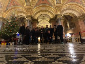 Free Tour Budapest 2019 Diciembre 13 viernes tour de las 14:30 hrs dentro de la ópera nacional de Hungría (comienzo del tour)
