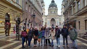 Visita guiada Free Tour por la tarde Budapest en 2020 Enero 29 Miércoles tour de las 14:30 hrs foto frente Basilica Budapest