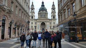Free Tour por la tarde Budapest en 2020 Enero 30 Jueves tour de las 14:30 hrs foto frente a la Basílica de Budapest