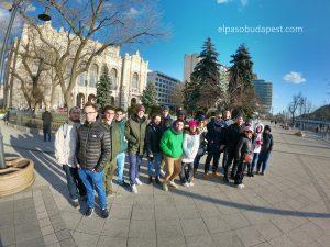 Participando en el Free Tour de Budapest en 2020 Febrero 11 Martes tour de las 14:30 frente a al Vigadó Concert Hall Budapest