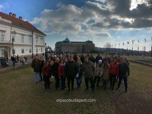 Turistas en el Free Tour de Budapest en 2020 Febrero 15 Sábado tour de las 10:30 horas en el distrito del castillo de Buda