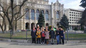 Free tour Budapest en español 2020 Marzo 01 Domingo tour de las 10:30 horas en la plaza Vigadó frente al Danubio de Budapest