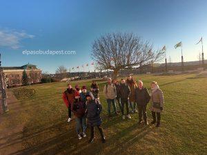 Turistas en Free tour de Budapest en español 2020 Marzo 04 Miércoles tour de las 14:30 horas frente al castillo de Buda