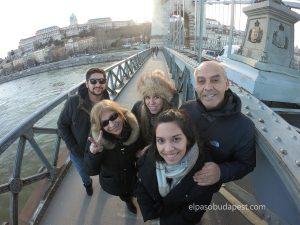 Realizando Free tour Budapest 2020 Marzo 10 Martes tour de las 14:30 horas en puente de las cadenas