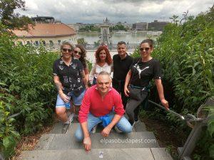 Grupo Free tour Budapest en 2020 Julio 19 Domingo tour de las 10:30 horas sobre el túnel frente al puente cadenas de Budapest