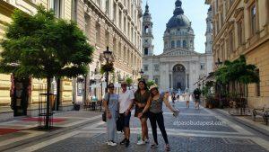 Grupo del Free tour Budapest en español el 2020 Agosto 08 Sábado tour de las 10:30 horas frente a la Basílica de Budapest