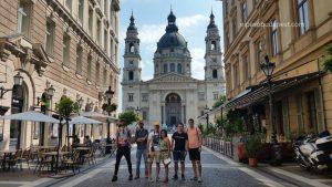 Grupo del Free tour Budapest en español el 2020 Agosto 10 Sábado tour de las 10:30 horas frente a la Basílica de Budapest