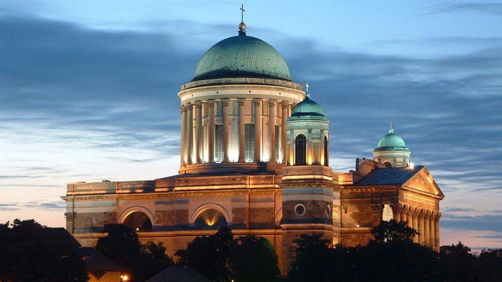 Basílica de Esztergom. La basílica más grande de Hungría