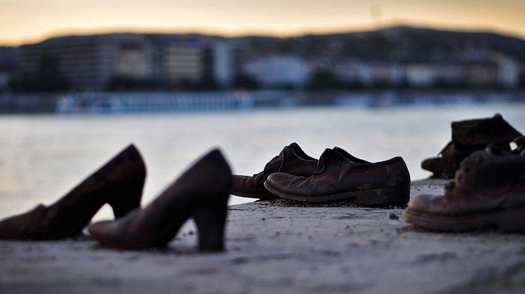 Zapatos del Danubio en Budapest